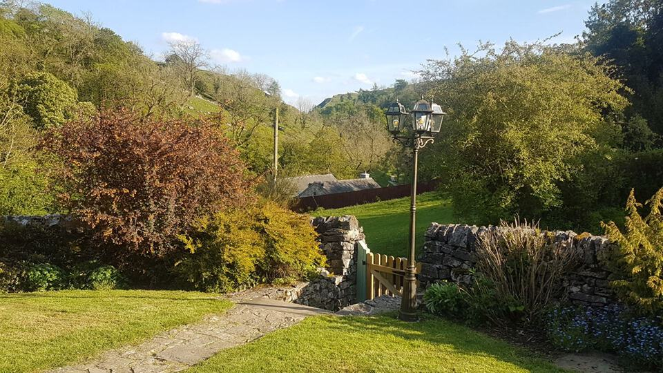 Valley View Dog Friendly Holiday Cottage Garden