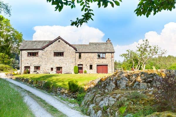 Holiday Cottages Cumbria Pet Friendly Lake District.jpg