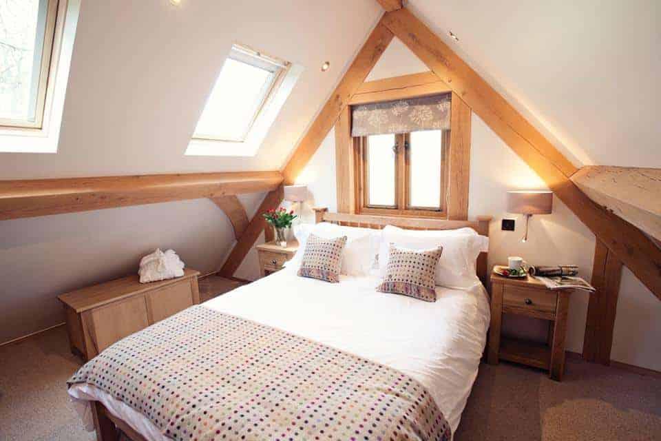 Brecon Retreat Luxury Dog Friendly accomodation Brecon Bedroom.jpg