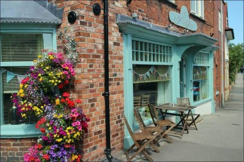 The Yew Tree Scalby Dogfriendly Cafe.jpg
