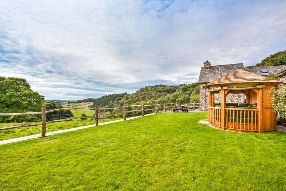 Holiday Cottages Cumbria Dog Friendly The Lake District.jpg