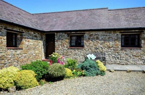 Powells Cottage Holidays Pets Allowed Pembrokeshire.jpg