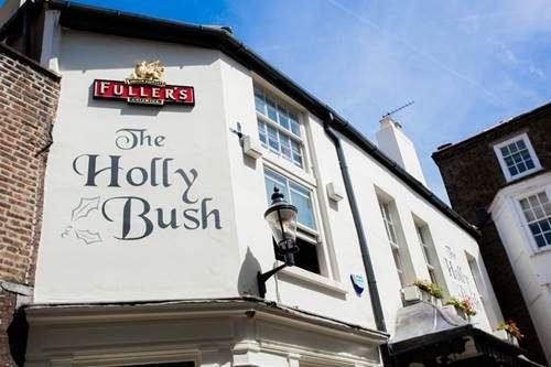 The-Holly-Bush--57.jpg