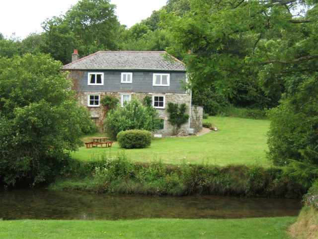 Cornish Traditional Cottages Dog Friendly Accommodation Cornwall