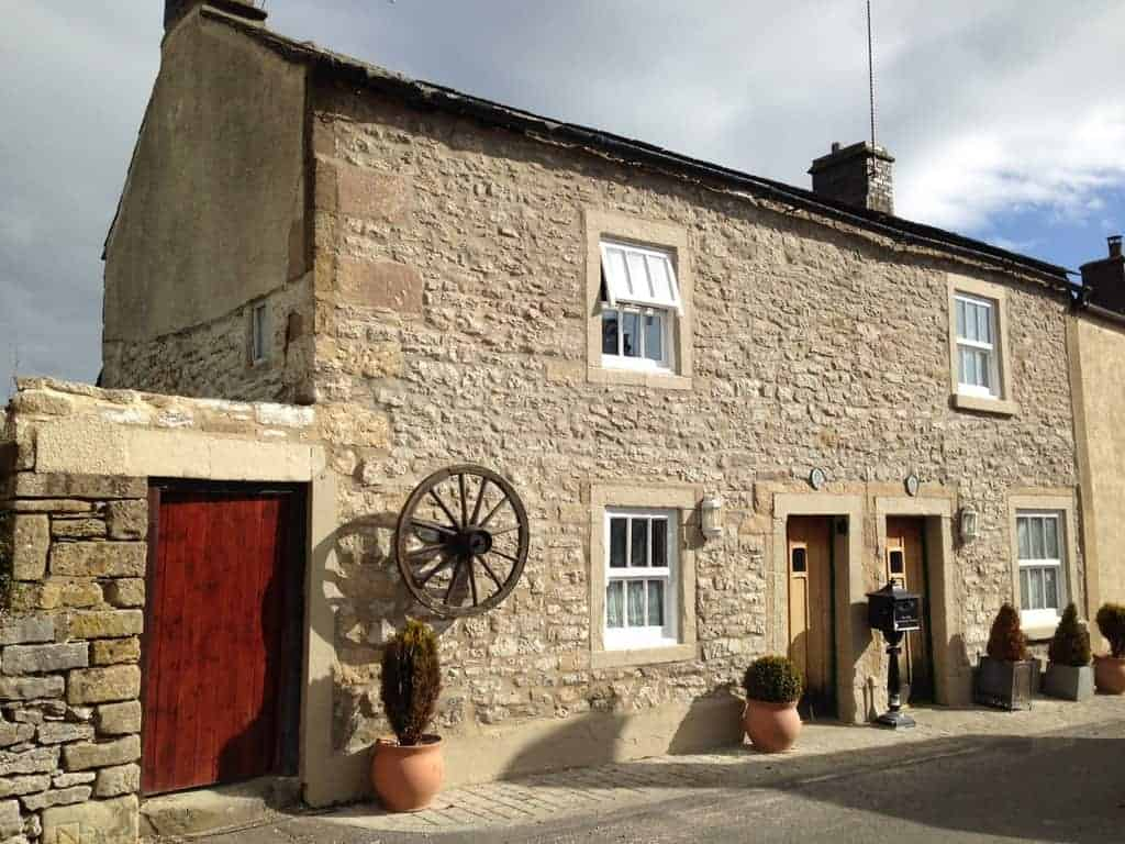 Thimble Holiday Cottages Dog Friendly Bakewell