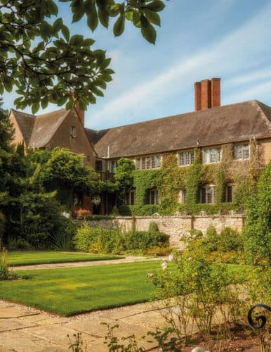 Mallory Court Dog Friendly Wedding Venue Leamington Spa