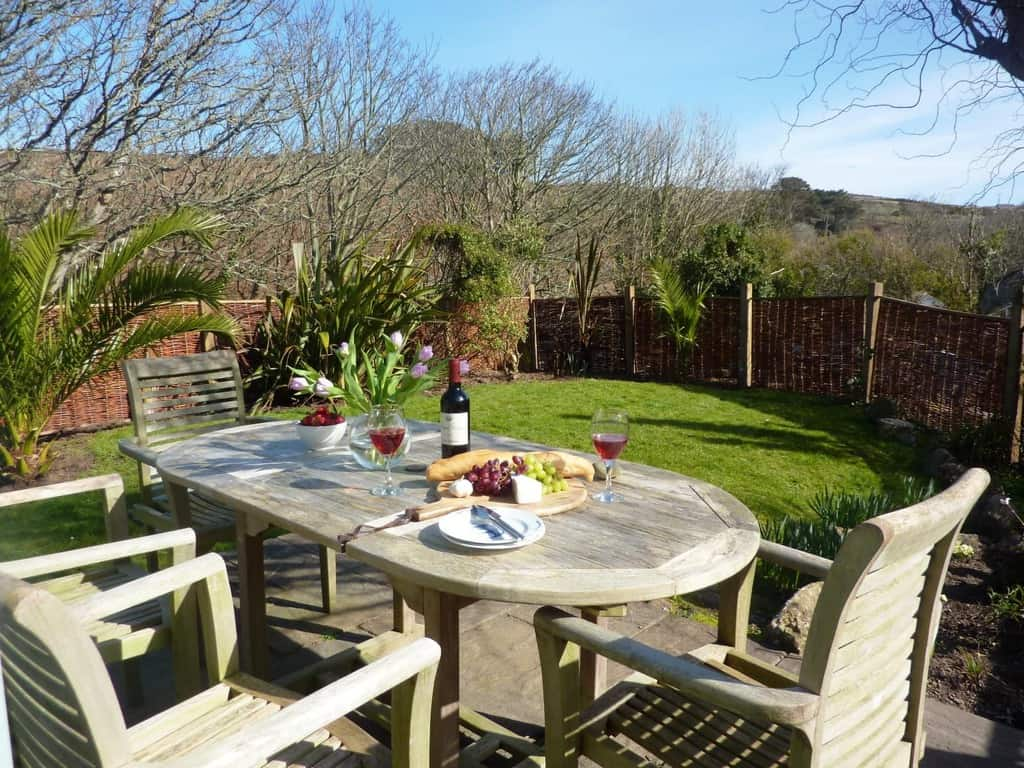 Stylish Cornish Cottages Garden