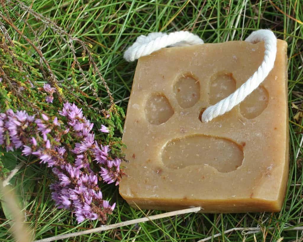 Dubby Dog Lavender & Turmeric Dog Shampoo Bar